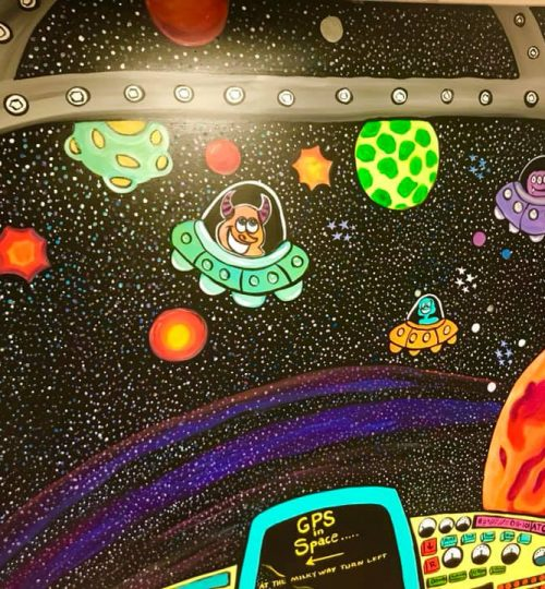 Space_X-Room_Mural_Planets